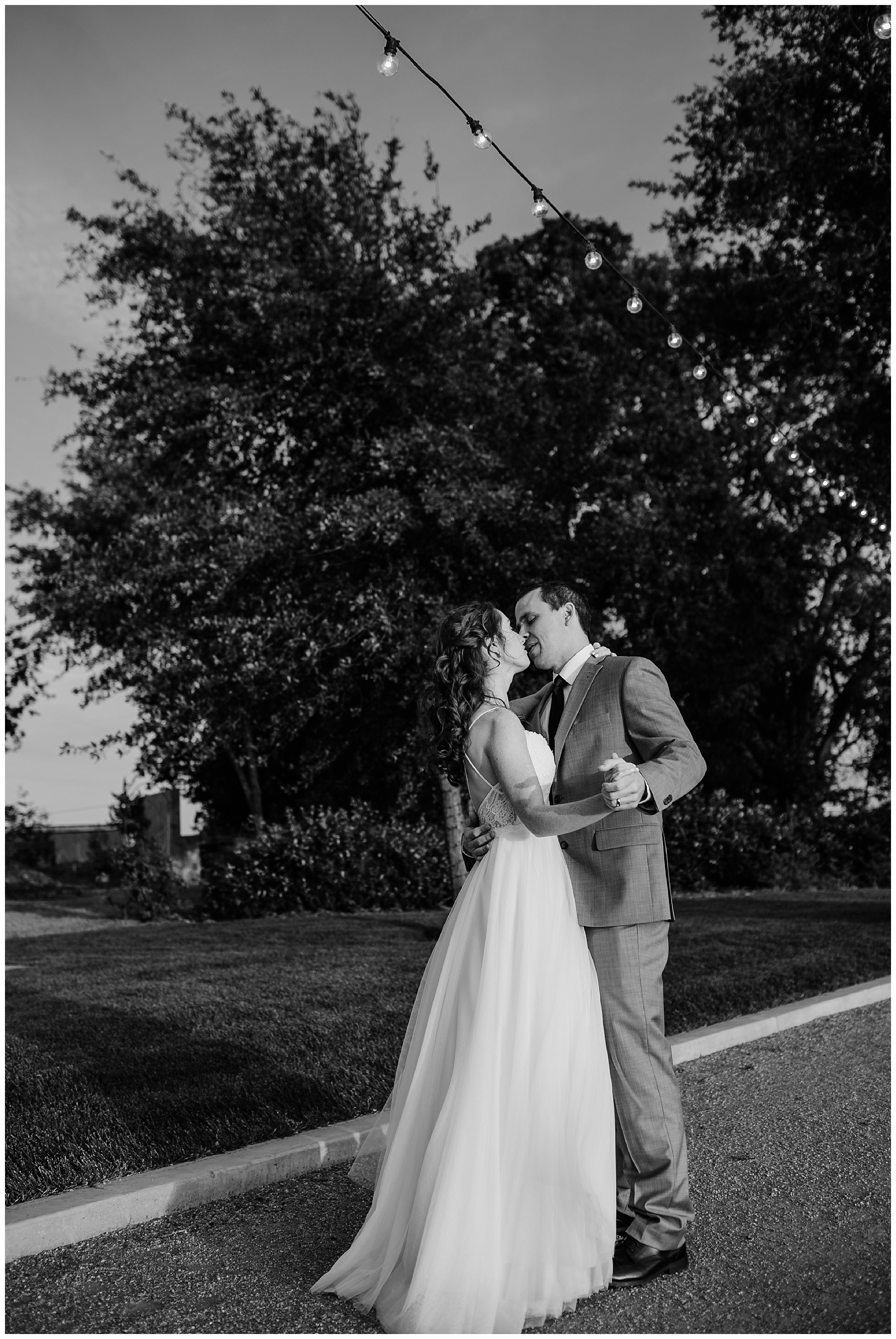 julietta winery black and white bride and groom